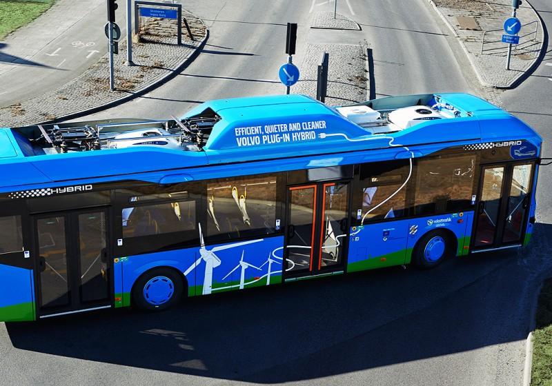 Volvo-Bussen durch wegweisende Plug-in-Hybridtechnologie