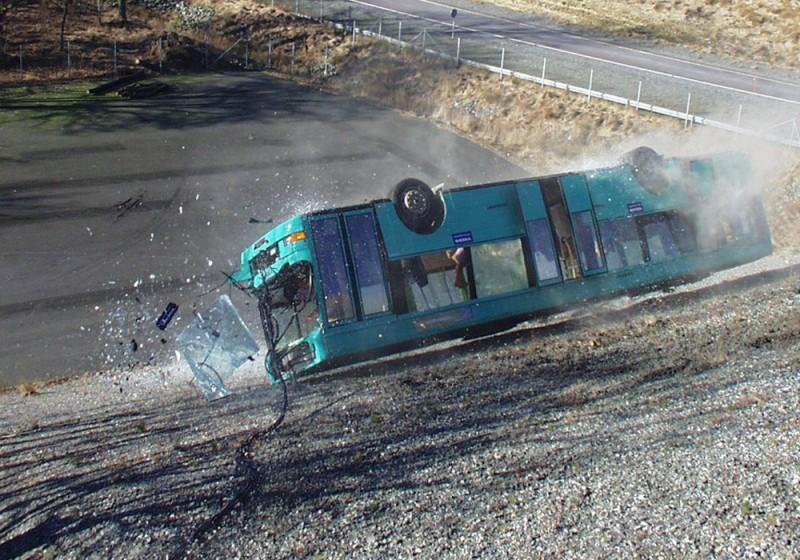 버스 전복 사고!! 안전에 대한 철학이 필요하다!!