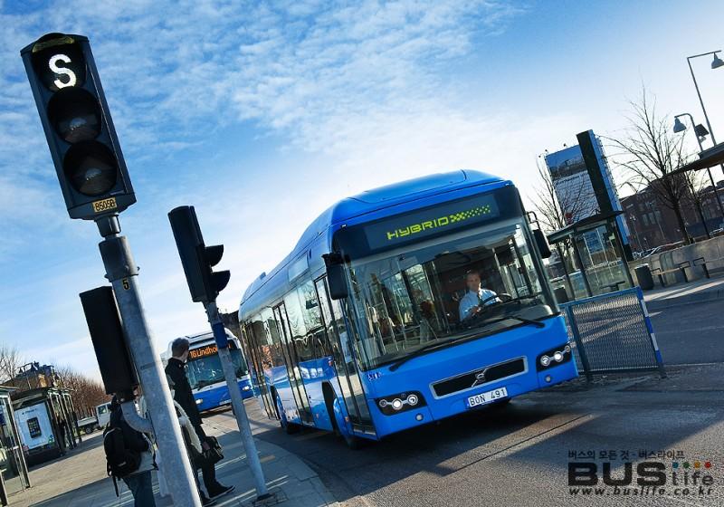 볼보 하이브리드 버스 25대 오더 - 스웨덴 예테보리