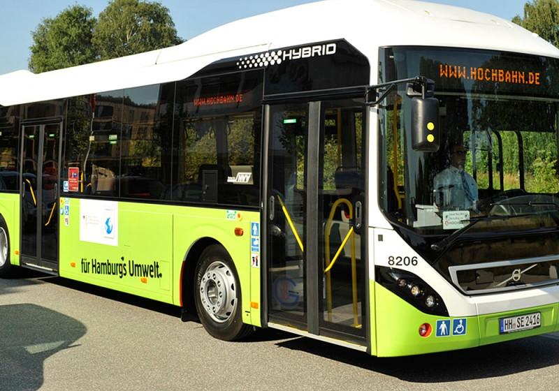 15 neue Volvo-Hybridbusse für die Hamburger Hochbahn AG