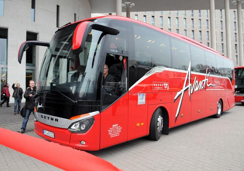 Neue Setra ComfortClass 500 zur längsten Busreise der Welt gestartet