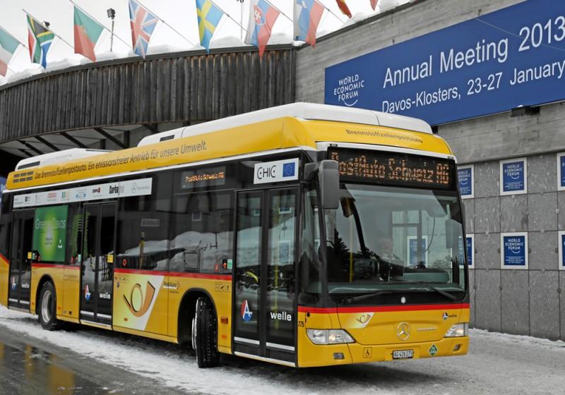 Brennstoffzellen-Busse mit Hybridtechnik in Davos im Shuttle-Einsatz