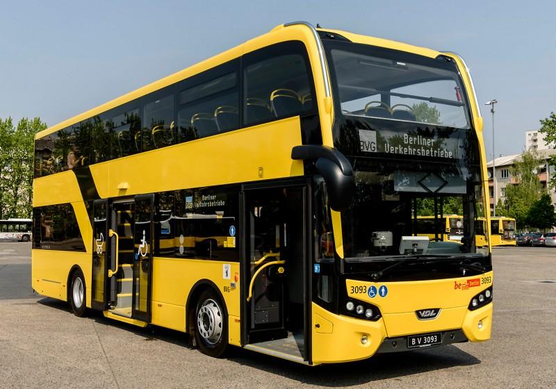 VDL Bus & Coach liefert ersten Citea Low Floor-Doppeldecker an BVG